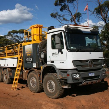 SST03 - 8x8 Support Truck