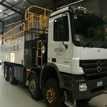 SST06 - 8x8 Support Truck